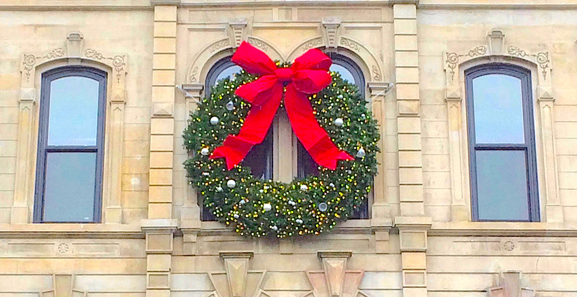 B&B Holiday Decorating | Chicago\'s Professional Holiday ...