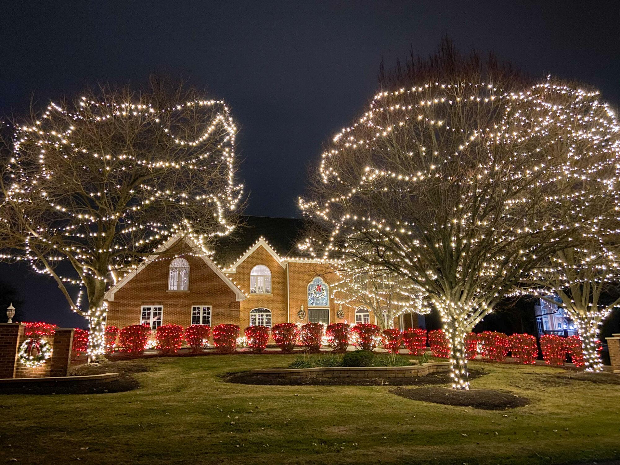 B&B Holiday Decorating