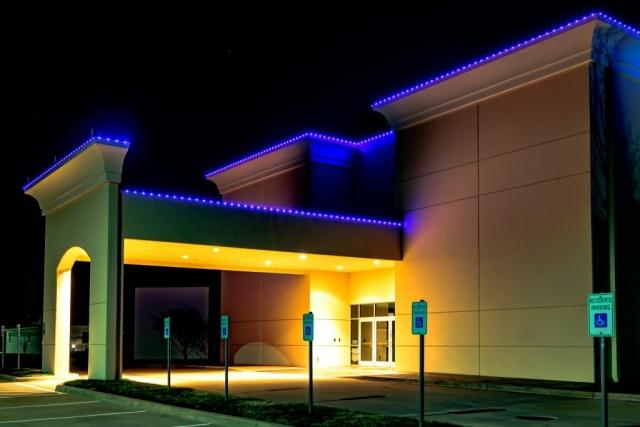 rent-the-holidays-permanate-lighting